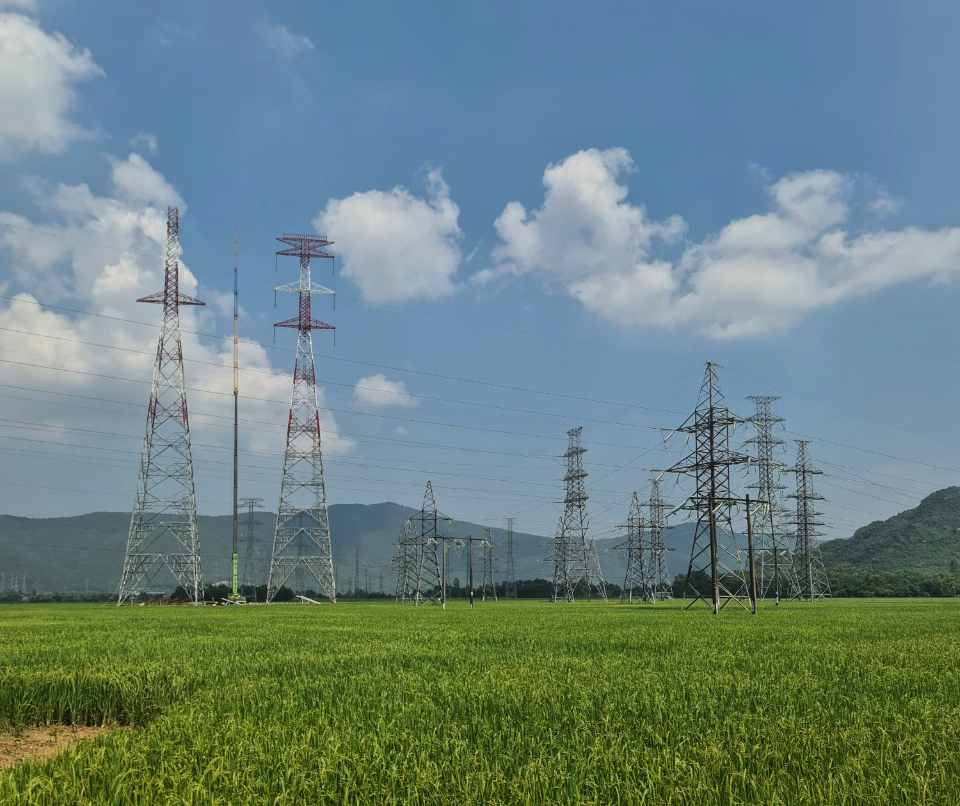 Nghe An will hand over the entire site of the 500kV transmission line project connecting Nghi Son 2 thermal power plant in September